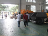 Accompany customer to visit factory
