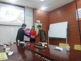 Three sales department share the sales experience together