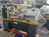 lathe machine C0636A/1000 unloading from the customer container