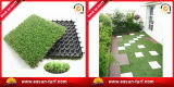 Interlocking grass tile