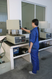 devices for auto polishing of samples