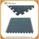 Interlocking rubber mat for gym