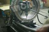 Inner hole adjusting machine