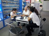 deep discussing on booth 2017.10