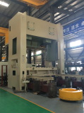 APE-630ton Straight Side Press with Traverse Bolster in Assembly