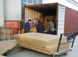 Loading goods to container
