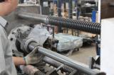 Manual roller assembling