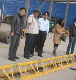 Middle East client visit our factory for concrete truss screed.