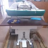 Steam pressing machine for laundry