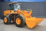Wheel Loader with Tier 4 Engine and Rated Load 4 ton capacity !