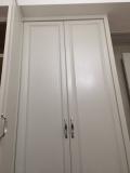 Dresser door handle fixing show