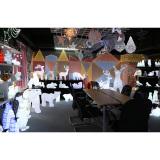 Acrylic sample room