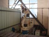 Robot arm welding machine