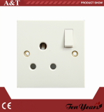 15A ROUND PIN SWITCHED SOCKET