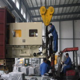 180ton cold chamber die casting machine loading