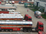Acid tank truck stocks