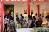 Customers on the Guangzhou Light Fair