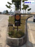 Yellow Flashing Solar Traffic Lights