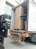 Team work getting the Power distribution cabinet to Container for oversea hot selling