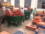 Sudan customers buying double roll grinding machine