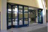 Heavy duty automatic folding door