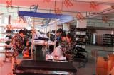 helmet assembly line