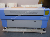 Double heads laser cutting machine for plywood