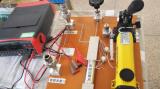 Pressure manometer for testing water pump pressure sensor