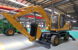 Mini Wheel Excavator with Hydraulic Traction Motor
