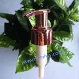Plastic Purple Lotion Pump for Shampoo/Bath Cream Bottles