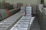 finished aluminum extension ladder in the factory