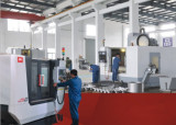 CNC machine′s workshop
