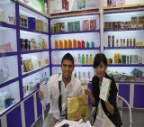 Customer with Senior Overseas Sales Eva Xie-9