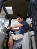 The Customer from Chile tested our loader at July,2016