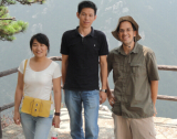 Climb Lushan Mountain With Customers