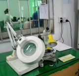 Test equipment magnifier 7
