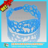 Especially hollow bracelet