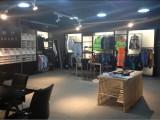 showroom 2-2