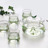 tea set / glassware