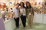 With the customer′s photo at Canton Fair