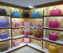 Guangzhou Xinxiu Fashion Bags Co., Ltd.