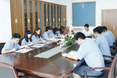 Taizhou Huangyan Fangheng Plastic Mould Co., Ltd.