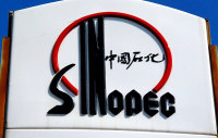 Sinopec Acquires 10 Pct Share of Russia's Sibur