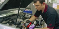 Women Is Quoted Higher Prices for Auto Repairs