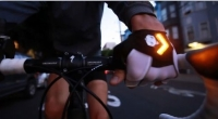 Cycling Gloves with LED Turn Signals to Be Launched