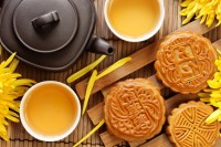 Moon Cakes Prepared for Mid-Autumn Festival