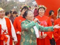 Xingguo People Express Their Inner Feelings by Singing Folk Song