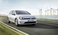New All-Electric Golf Is Introduced by Volkswagen