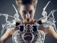 Anouk Wipprecht Has Unveiled an Updated Version of Her Famous Robotic Spider Dress