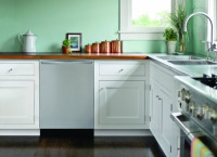 How to Refinish or Reface Cabinets in Your Kitchen
